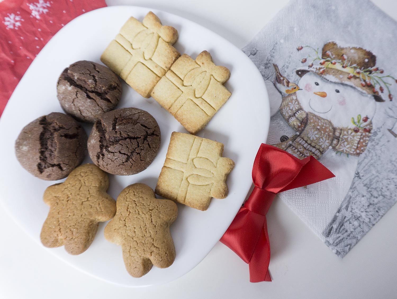 Вкусни коледни сладки за подарък