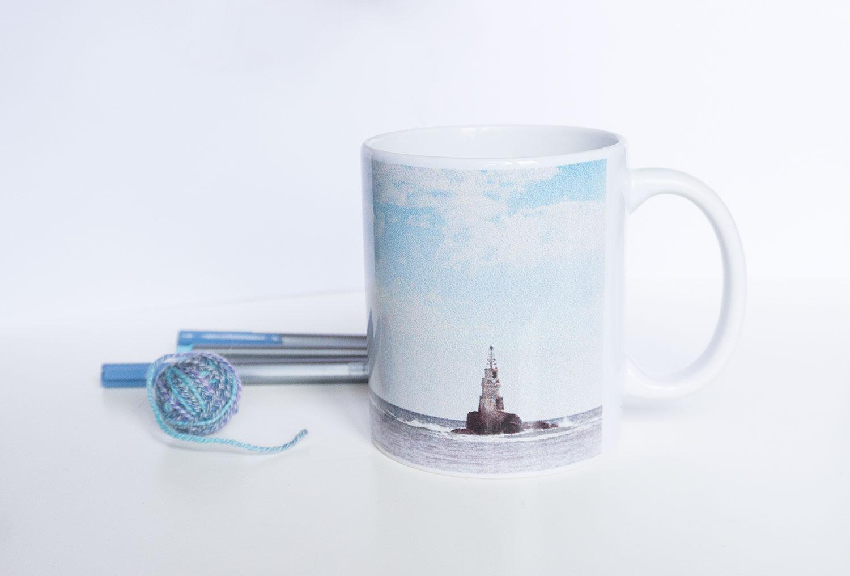 Чаша с морски фар